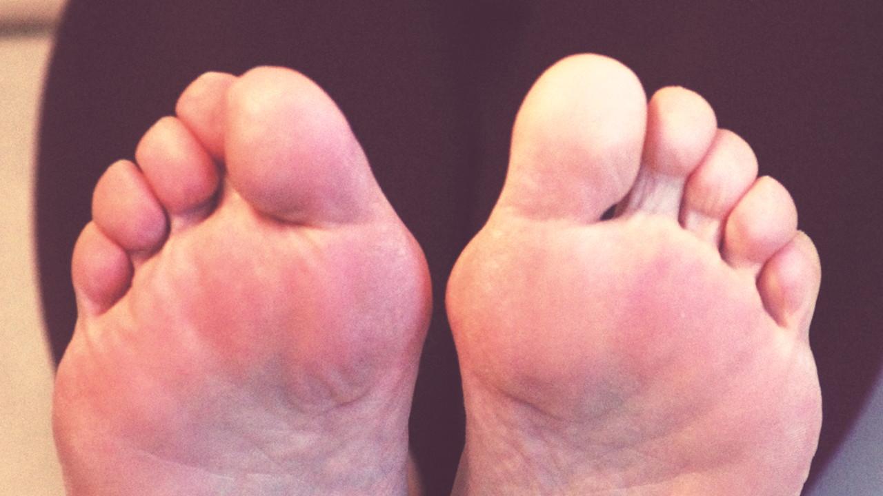 Zehenlesen beide Füße